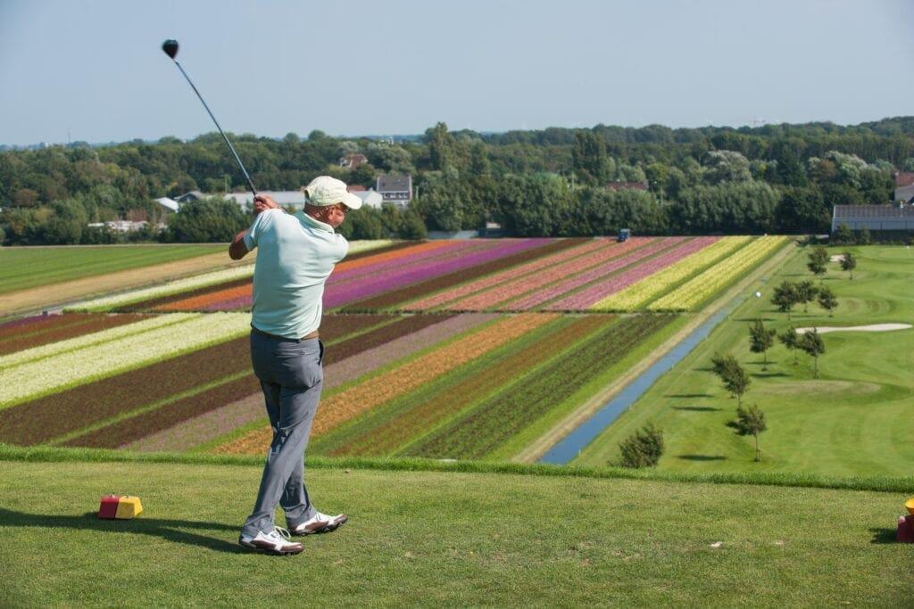 Albert Heijn - Kennismaken met golf - afslag vanaf de terp op 23 meter hoogte - Golfbaan Tespelduyn